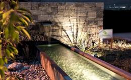 gartenbau brunnen brunnentrog beleuchtung